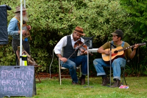 Musicians at Vashon Farmer's Market