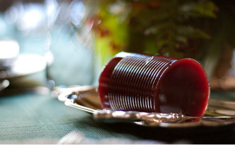 cranberry_sauce_on_platter