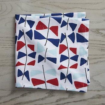 kite-tails-napkin